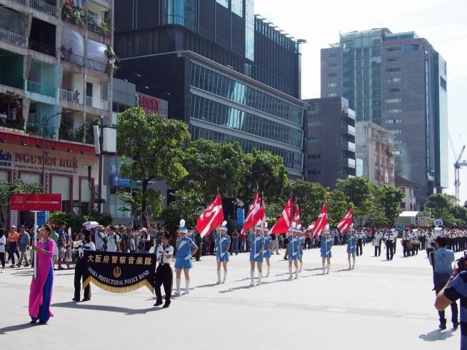 大阪府警音楽隊によるパレード