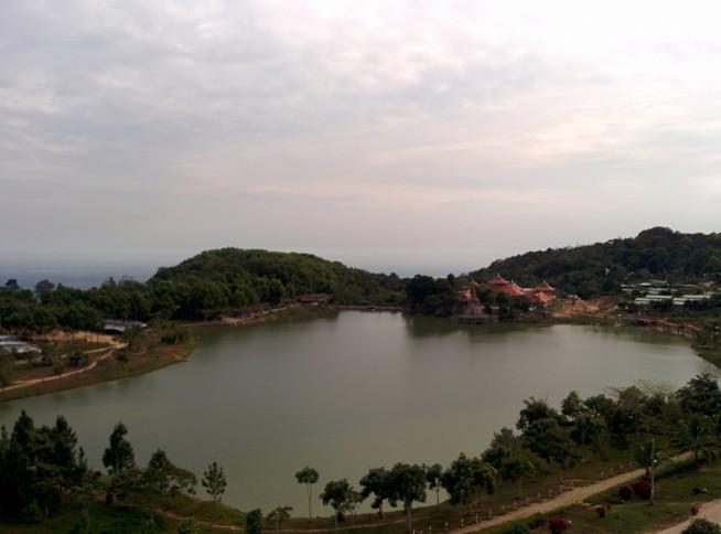 ヴァンリン寺(Chùa Vạn Linh)からの景色