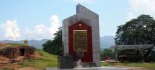 ディエンビエンフーの戦いの地となった「A1の丘」を訪れる