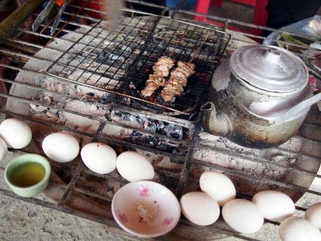 卵とイノシシとお茶