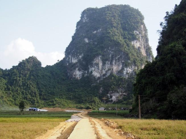 洞窟までの道
