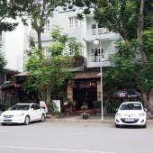 バインコットコバブンタウ(Bánh Khọt Cô Ba Vũng Tàu )
