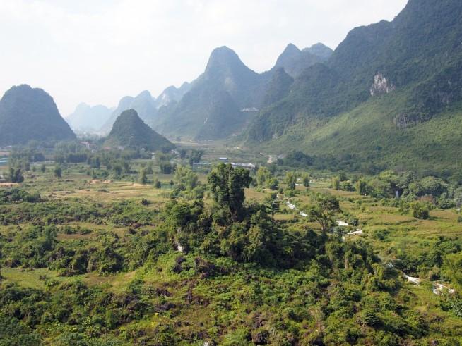 越中国境を見下ろす