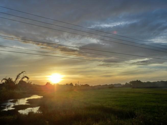 ブオンドン村の夕焼け