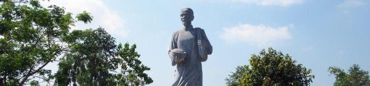 ベトナム建国の父の父「グエン・シン・サック」遺跡を訪れる