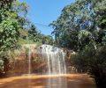 滝の裏側に入れるプレンの滝はゾウやダチョウ、馬にも乗れてかなり遊べるスポット