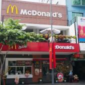 マクドナルド グエンフエ通り店(McDonald's Nguyen Hue Street)