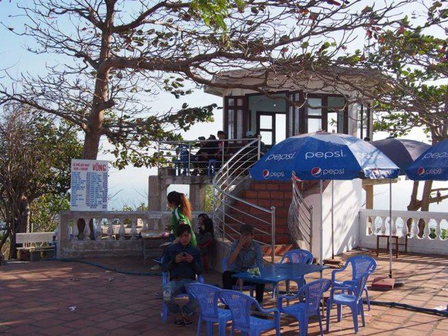 山頂のカフェ