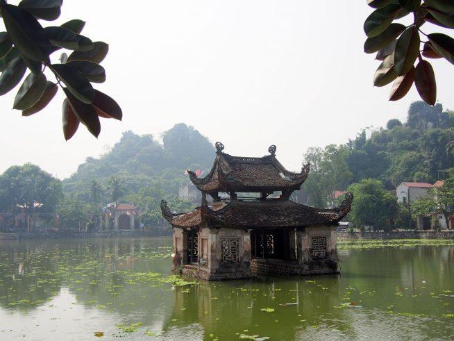 水上人形劇発祥の場所と言わている天福寺