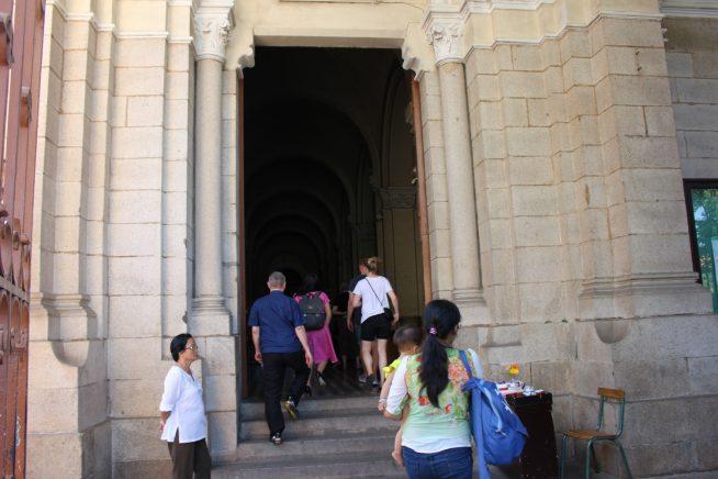 サイゴン大教会の入口