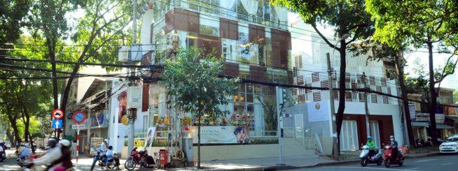 J-first Tokyo外観