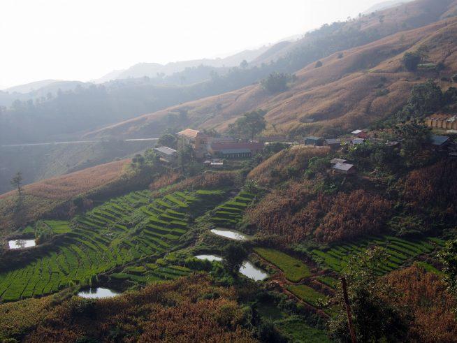 斜面の集落