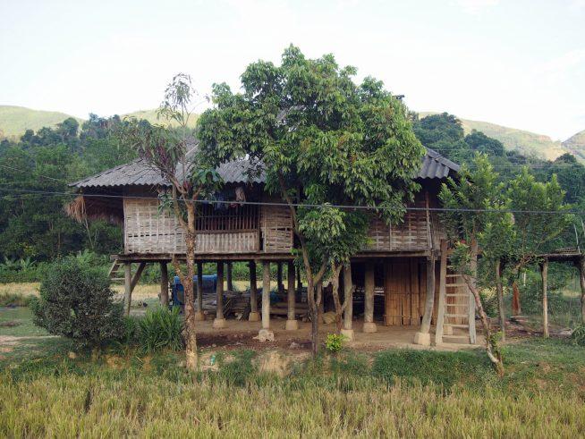 高床式の住居
