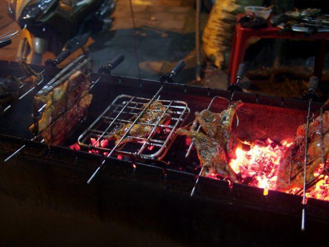 炭火焼きのアヒル