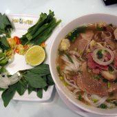 Pho Ong Hung - Le Thanh Ton(Phở Ông Hùng - Lê Thánh Tôn)