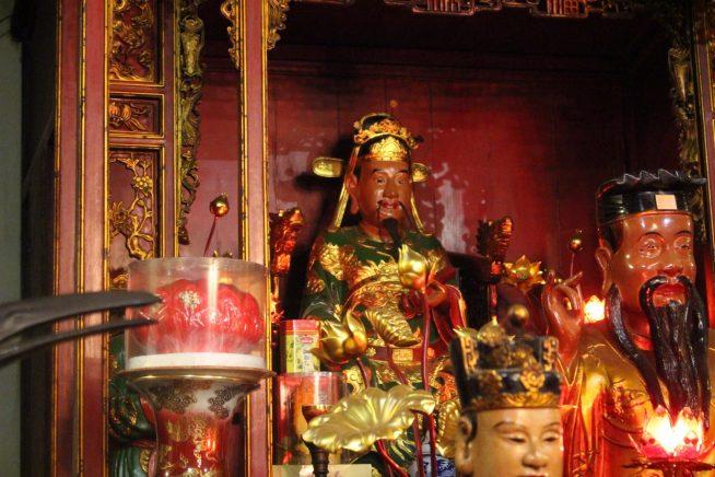 文昌帝君の像