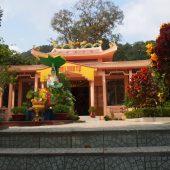 フン・ロン・トゥー寺(Chùa Hùng Long Tự)