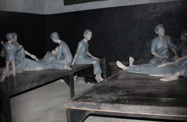 女性の牢の様子