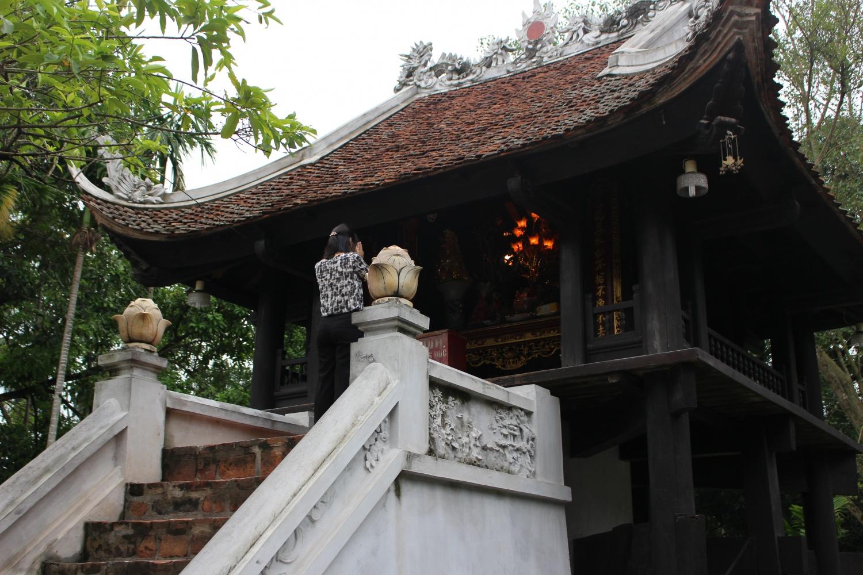 蓮花台とも呼ばれるベトナムの象徴的な建物「一柱寺」