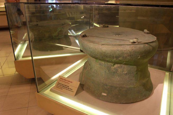 銅鼓のコレクション