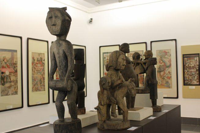 木造の像たち