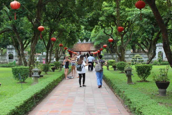赤煉瓦の道