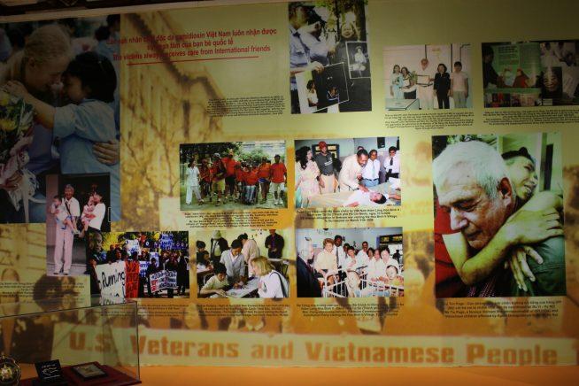 ベトナム戦争後のベトナムとアメリカの写真