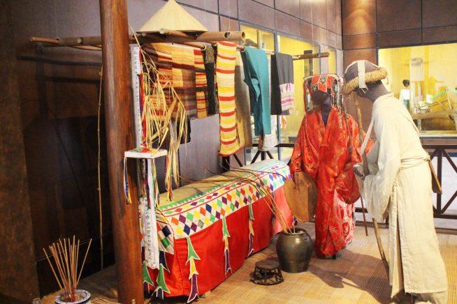 ムオン族の葬儀の様子