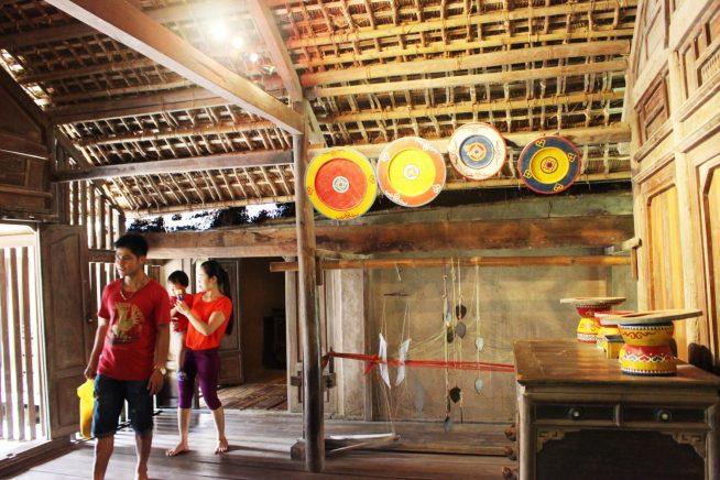 チャム族の家の中