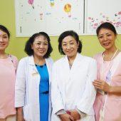 ベトナムでがんばる女性へ伝えたい 日本人有名医師が教える10代~50代で違う上手な女性ホルモンとの付き合い方