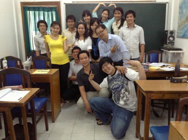 学生と記念写真