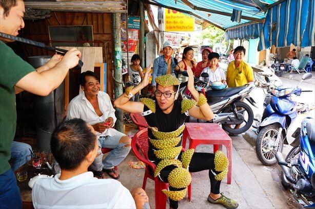 過去にYahoo!トップに載ったという「ドリアンを装着したらベトナムで人気者になった話」