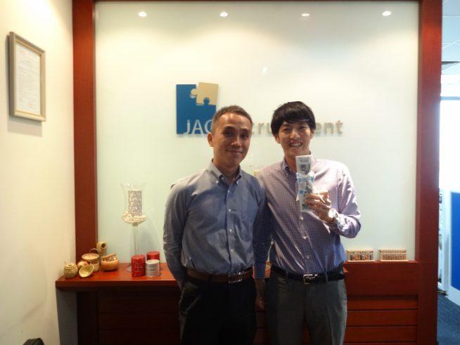 JAC Recruitment Vietnam 代表加藤さん(左)と村田さん(右)