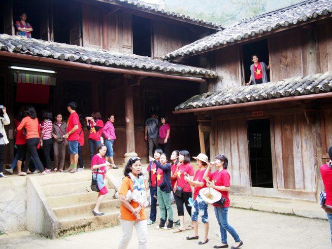 ベトナム人観光客が多い
