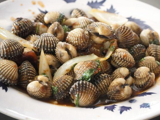 貝の名前は忘れてしまいましたが、タマリンドソース味で美味しかったです。