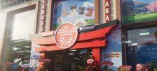 ホーチミン市の大型書店FAHASAと紀伊國屋書店の提携が拡大し、和書売り場が大きくなりました