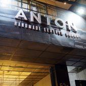 アントン・レザー(Anton Leather)