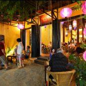 バザーカフェ&レストラン(Bazar Cafe & Restaurant)