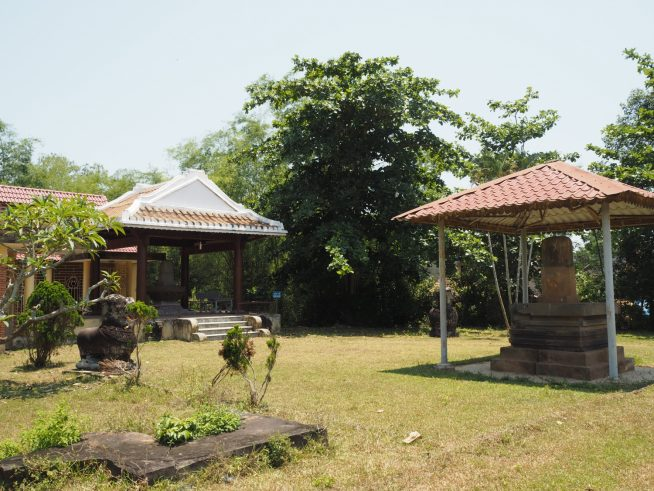 遺跡の横には彫刻等を保管した保管庫もあります