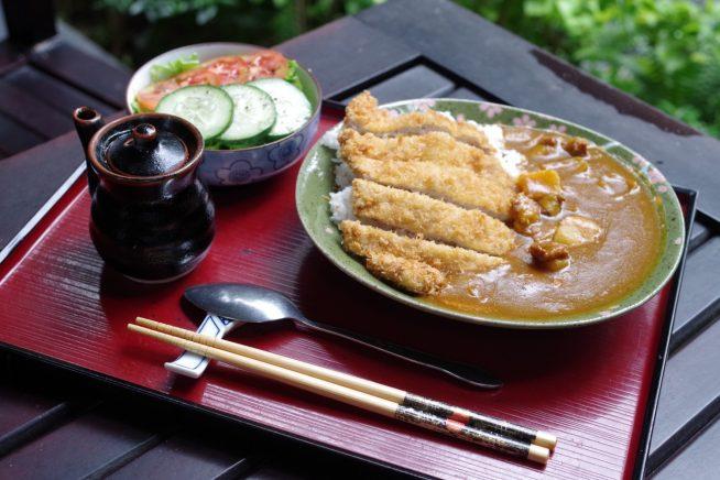 日本食が恋しい人にうれしいメニューが揃います