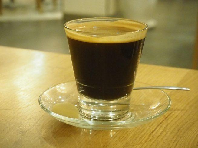 アメリカンコーヒー 63000ドン 香り ☆☆☆ 苦み ☆☆☆ 酸味
