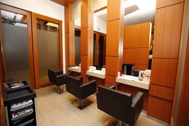 ホテル内立地のため、高級感のある雰囲気で施術が受けられます。