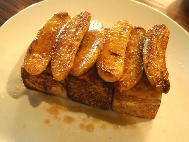 ボリューム満点のフレンチトースト