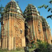 ベトナム中部に存在した偉大な王国「チャンパ王国」。現在も残るチャンパ遺跡巡り観光完全ガイド