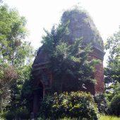 バン・アン塔(Tháp Bằng An)