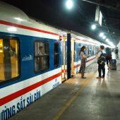 ベトナムで列車の旅してみませんか?ベトナム統一鉄道のチケットの予約方法、乗り方、車内の様子をご紹介!