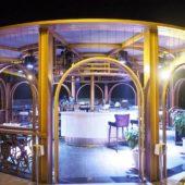ザ・デック・ホイアン(The Deck Hoian)