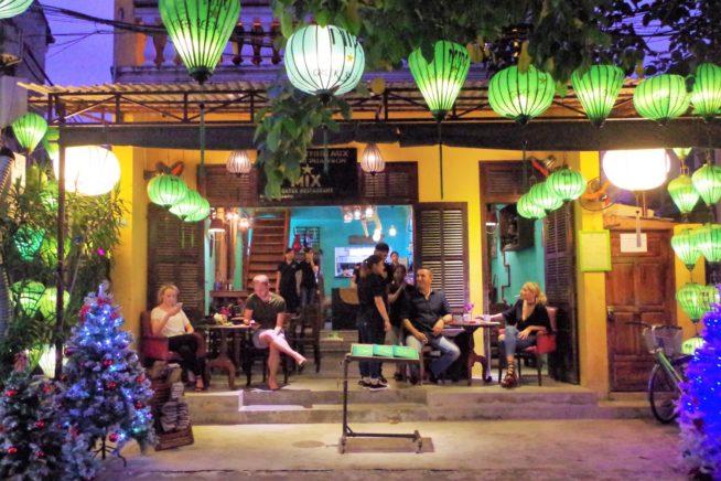 ホイアンで唯一のギリシャ料理レストラン