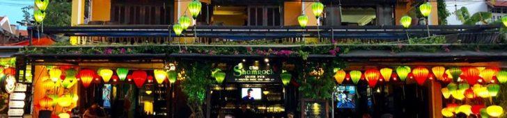 ザシャムロックアイリッシュパブ(The Shamrock Irish Pub)