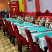 オマーンインディアンレストラン(Nhà hàng Omar's)